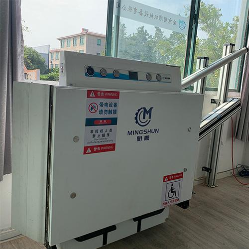 深圳斜挂式提升平台